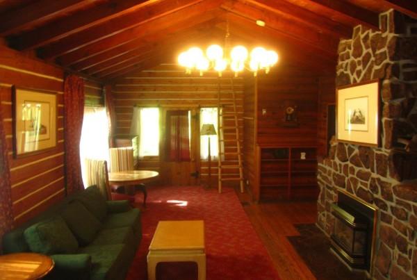 Settlers Grand Room (6)